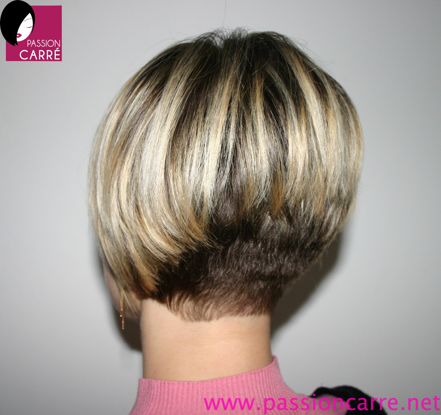 coupe cheveux carre plongeant degrade court