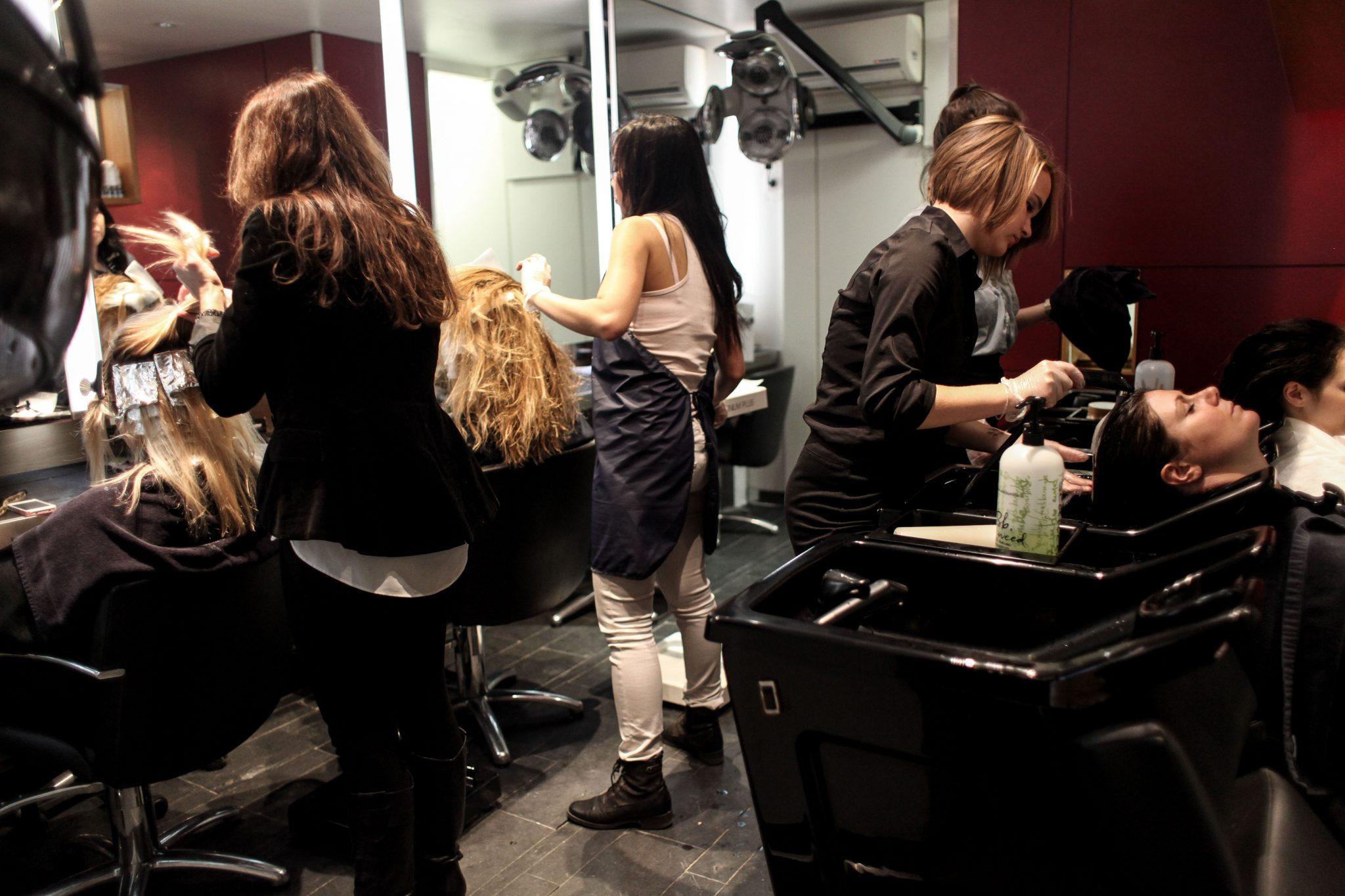 Coiffeur saint etienne salon making of - Salon de coiffure saint etienne ...