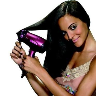 Brushing sans s che cheveux salon making of for Qui realise un dpe