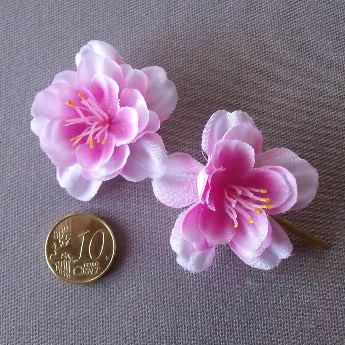 fleur rose pour cheveux salon making of. Black Bedroom Furniture Sets. Home Design Ideas