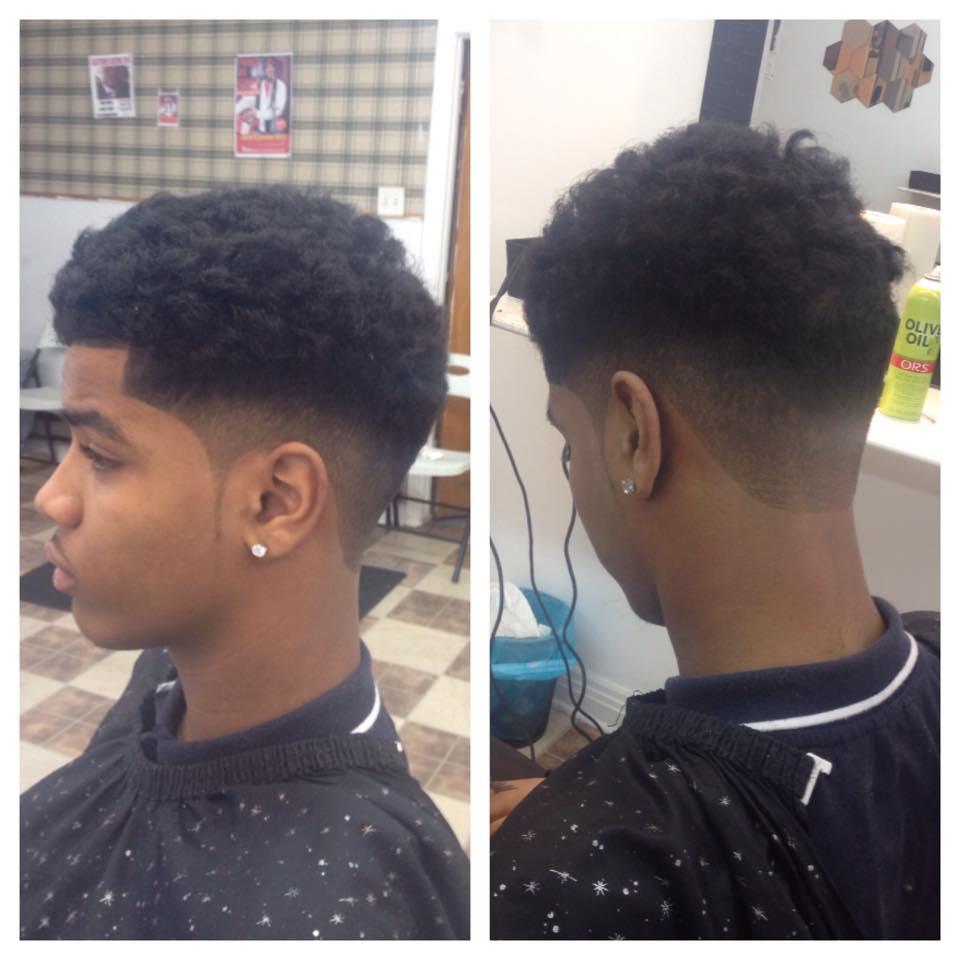 coiffure homme noir deux ton